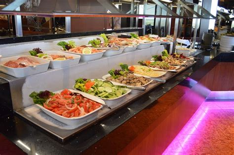 bar buffet prices skylon tower summit suite buffet niagara falls dining