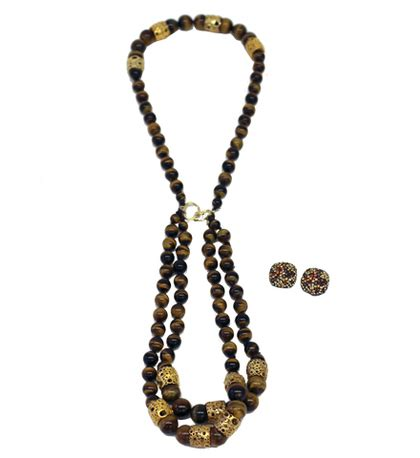 Accessorise With Some Beautiful Necklaces by Charitybuzz Accessorize Your Look With A Beautiful