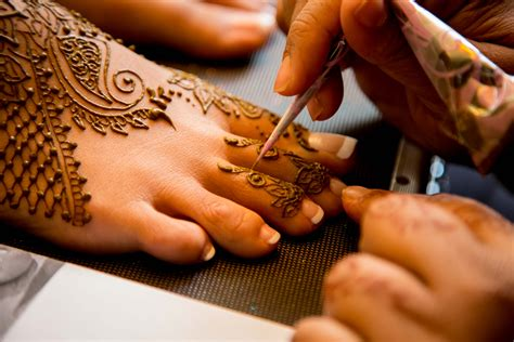 henna tattoo drying process bridal mehndi prep and care guest post by blushing