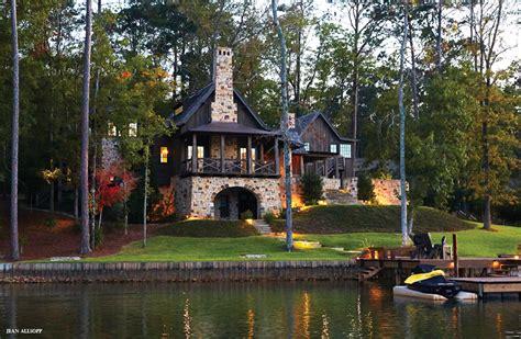 Birmingham Home And Garden by Lake Season