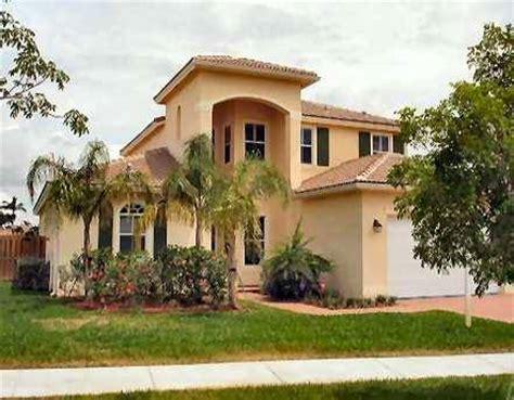 6 bedroom house in florida 3 6 bedroom homes for sale in biltmore grove cooper ci