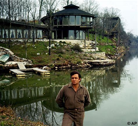 Ring Of Consumes Johnny Cashs Home by Johnny Home Razed By Ring Of Daily Mail