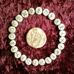 runas de hoy runas gratis runas celtas y vikingas el poder del alfabeto