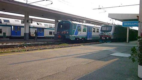 treno bergamo porta garibaldi stazione di bergamo partenza di due treni regionali