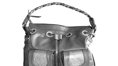 Tas Kodok laba dari mengolah kulit kodok menjadi tas