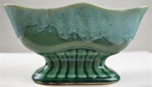 hull pottery green 811 brush pottery planter 8 quot