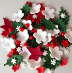 Christmas cake toppers edible sugar paste flowers holly ivy cake