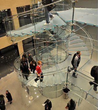 l glass store photo l escalier en verre de l apple store de york