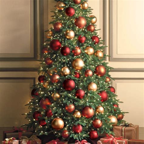 wonderful christmas tree decorations ideas red and gold
