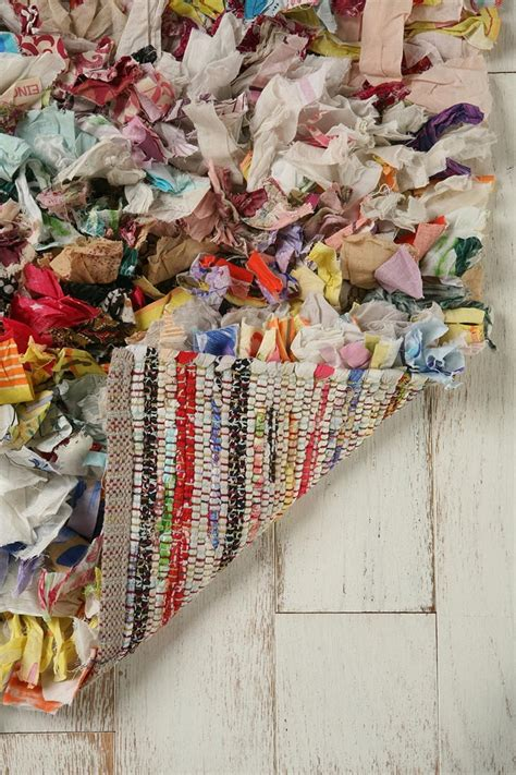 how to crochet rugs from strips of fabric 17 best images about rag rug rag rug on