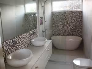Free Standing Bath Shower banheiros com banheira crie seu spa particular em casa