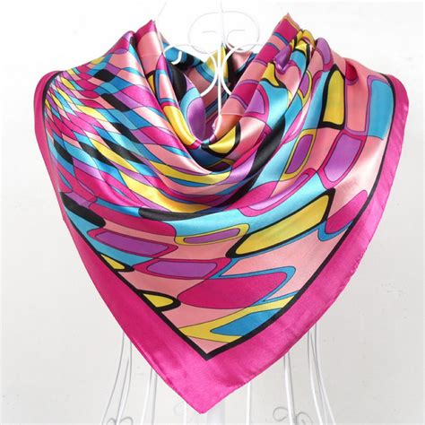 2015 new design polyester silk big square silk scarf