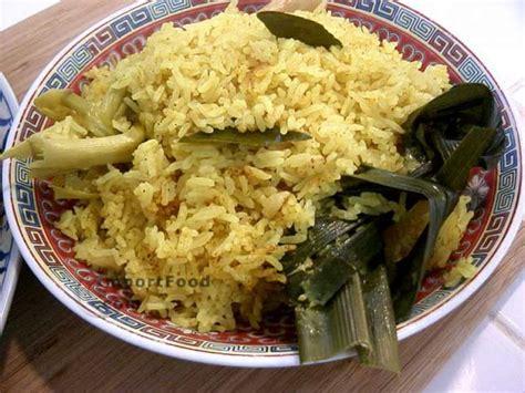 Nasi Kuning Ekonomis recipe festive yellow rice nasi kuning importfood