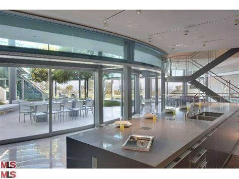 justin bieber house justin bieber s glass house