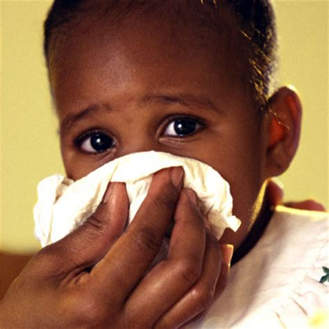 sneezing and runny nose baby allergy symptoms and remedies common children s allergic reactions