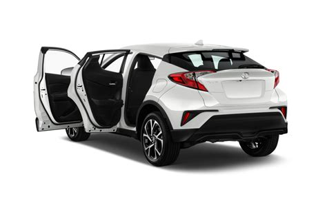 toyota c suv 2018 toyota c hr reviews and rating motor trend