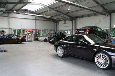 Auto Lackieren Bochum by Autolackier Und Unfall Center M 246 Ller In Bochum Werne