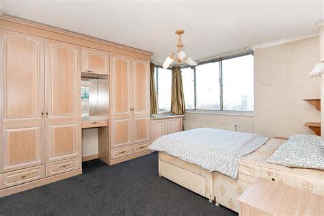 hyde park 1 bedroom apartments properties for sale 1 bedroom apartment the quadrangle