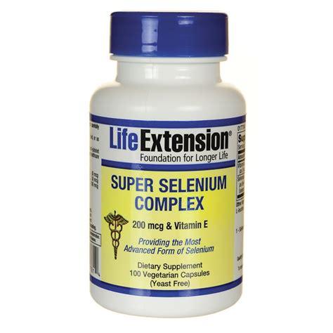 Extension Selenium Complex 100 Caps extension selenium complex 100 veg caps swanson health products