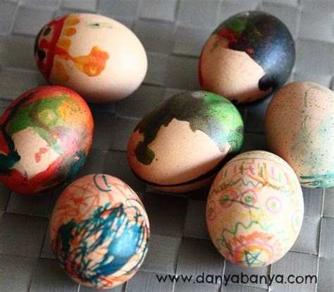 How To Decorate Boiled Eggs For Easter by Decorating Eggs With Edible Paints And Markers Danya Banya