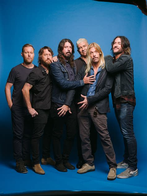 foo fighters a raucous week with dave grohl