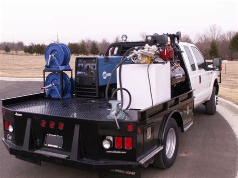 custom welding beds oilfield bodies arrowhead truck equipment
