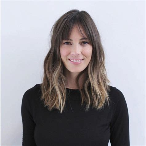 medium hair split down middle hair 30 super chic medium hairstyles with bangs