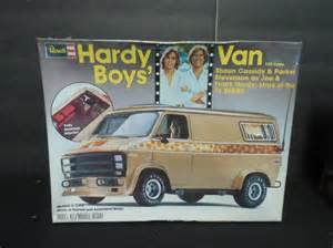 Hardy Boys Chevrolet 2 Vintage Plastic Car Model Kits Lot 370
