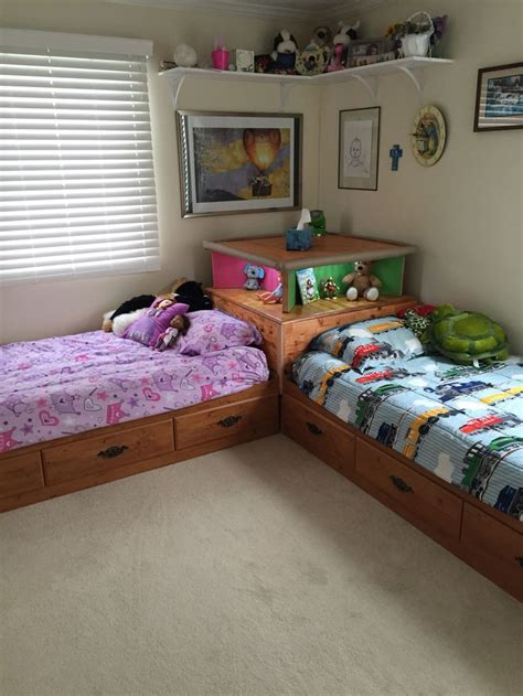 two twin beds make a 2 twin beds with corner unit woodworking projects plans