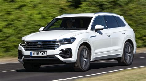 vw touareg review bhp petrol suv driven top gear