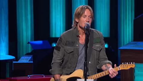 blue ain t your color keith keith performs blue ain t your color at the opry