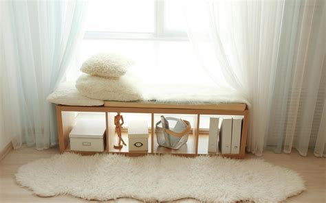 finestra con seduta come sfruttare lo spazio in casa oknoplast