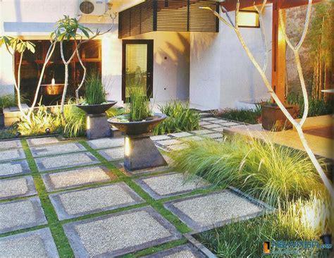 desain taman depan rumah sederhana 21 desain taman depan rumah terlengkap 2018 desain rumah