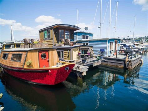 airbnb boat rental seattle 10 airbnb houseboat in seattle for an unforgettable