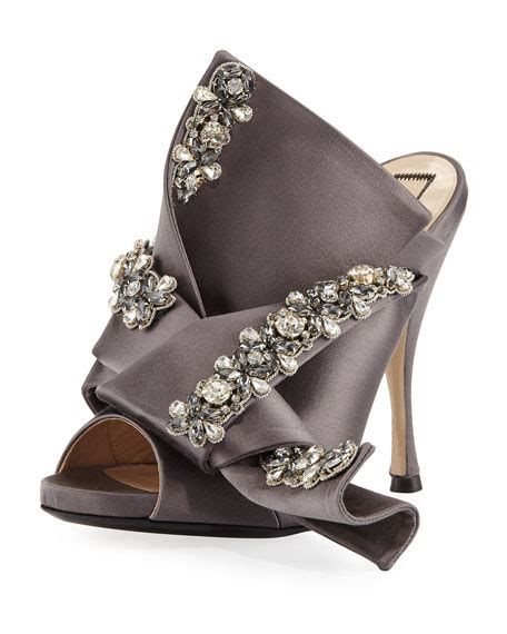 no 21 jeweled satin 100mm mule sandals taupe neiman