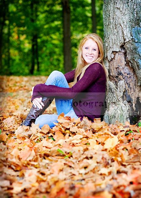 fall senior pictures google search photos pinterest