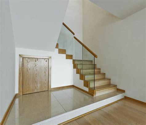 barandillas de cristal para escaleras interiores barandillas vidrio y otros materiales 50 escaleras de