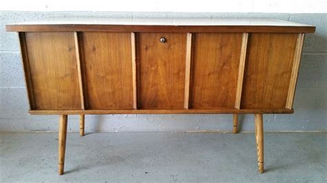 Craigslist Cedar Rapids Furniture by 1000 Images About Ernie S Mid Century Finds On