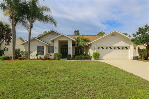 homes for sale in banyan cove fort myers fl