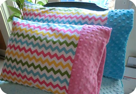 pillowcase pattern youtube minky toddler pillowcase tutorial coral co