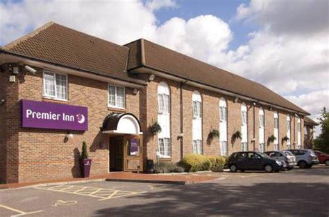 premier inn near hotels accommodation near ealing golf club greenford