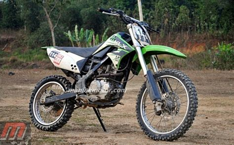Klx 150 Tahun 2014 Standar kalumbuak racing team modifikasi kawasaki klx 150 jawara