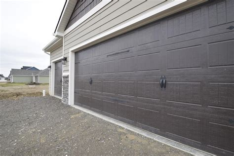 Exterior Garage Door Trim Garage Door And Exterior Trim Lancia Homes