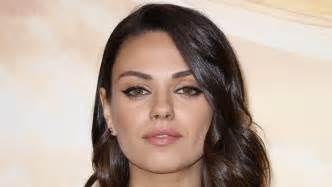 Makeup Classes Los Angeles Mila Kunis Hollywood Life