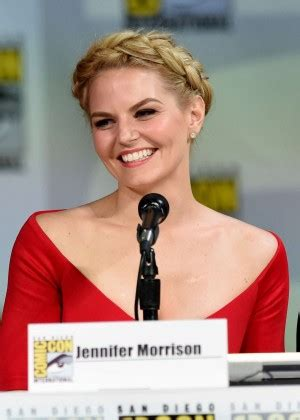 why did jennifer morrison leave house jennifer morrison once upon a time panel at comic con 2014