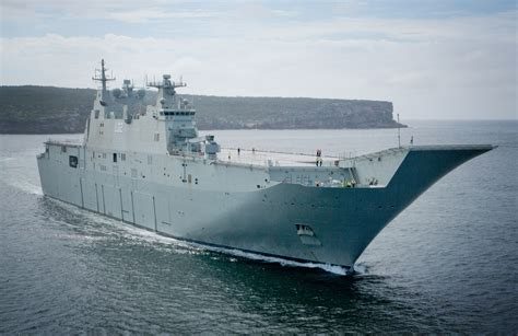 aus seriã s canberra heads from contractor sea trials towards