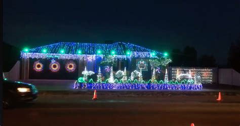 Check Out These Epic Christmas Lights Synced To Ac Dc S Synced Lights
