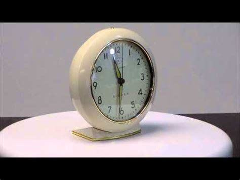 westclox big ben  authentic  reproduction  metal battery operated alarm clock youtube