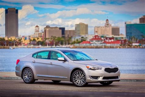 Kia Cadenza Problems Kia Recalls Cadenza For Faulty Wheels Top News Safety