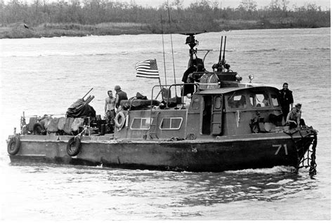 swift class boat fast patrol craft wikipedia
